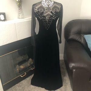 Vintage Oscar de la Renta Velvet Gown